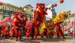 Eine Parade zum Chinesischen Neujahrsfest