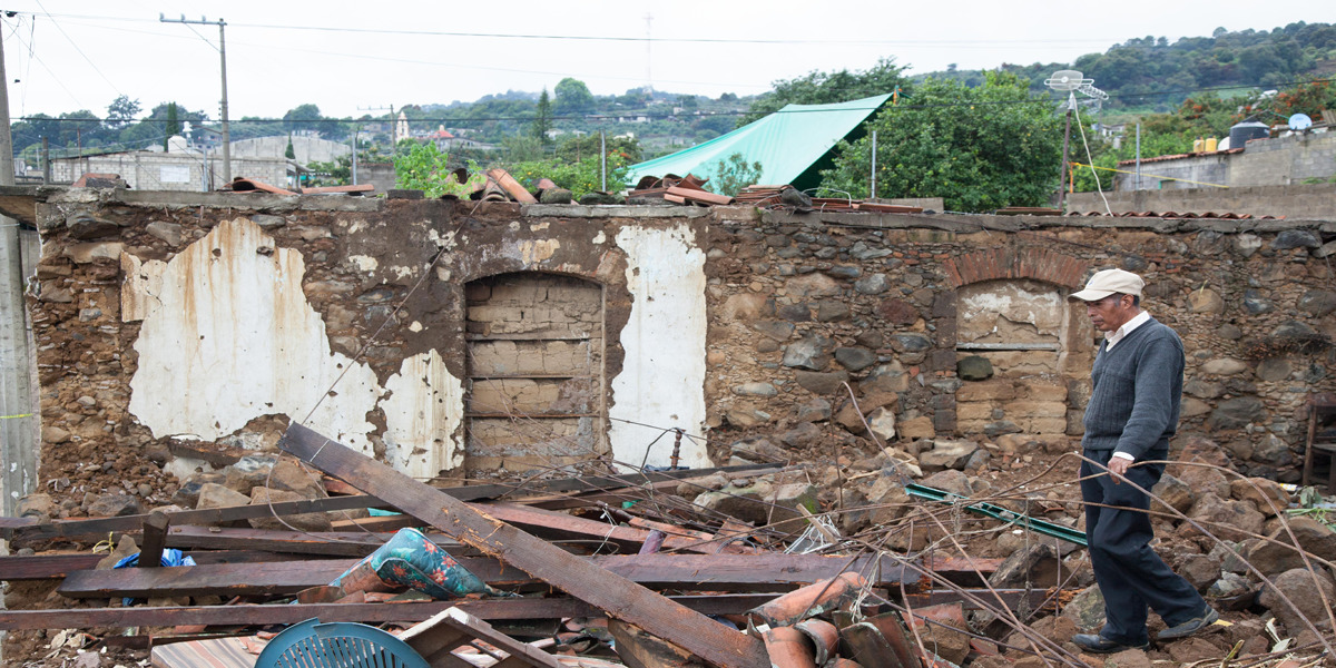 Una Gran Labor De Reconstruccion Tras Los Devastadores Terremotos De Guatemala Y Mexico